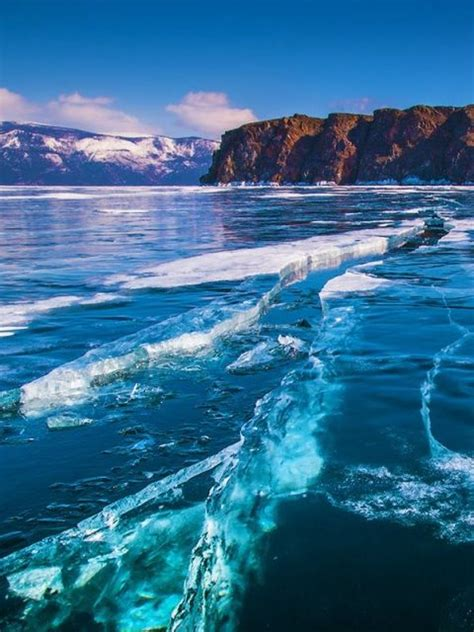 10 of the Deepest Lakes in the World - Flavorverse