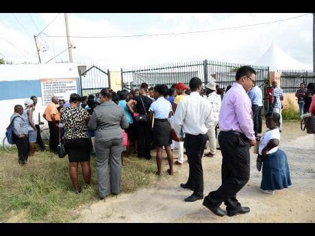 Job seekers swarm interview session in Clarendon   News