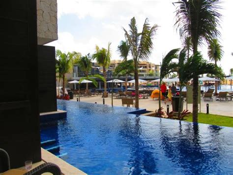 Our swim out pool - Picture of Royalton Riviera Cancun